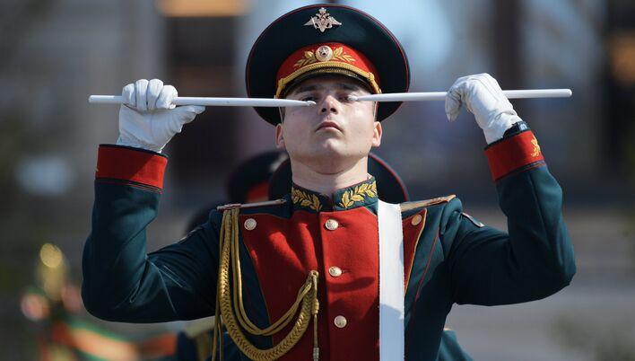 Военнослужащие на генеральной репетиции военного парада в Москве. Архивное фото